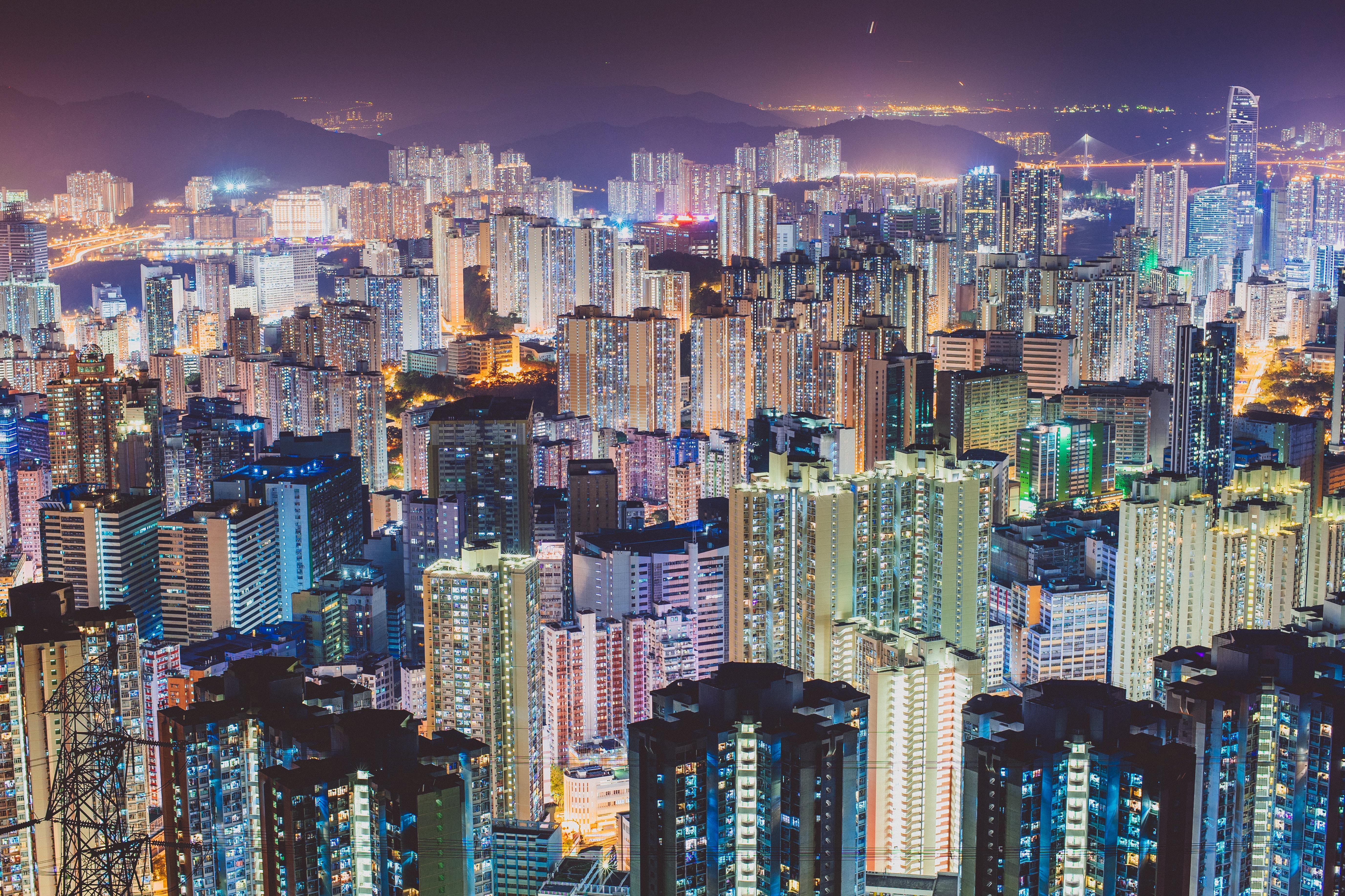 10 Reasons to Live in Hong Kong | UK