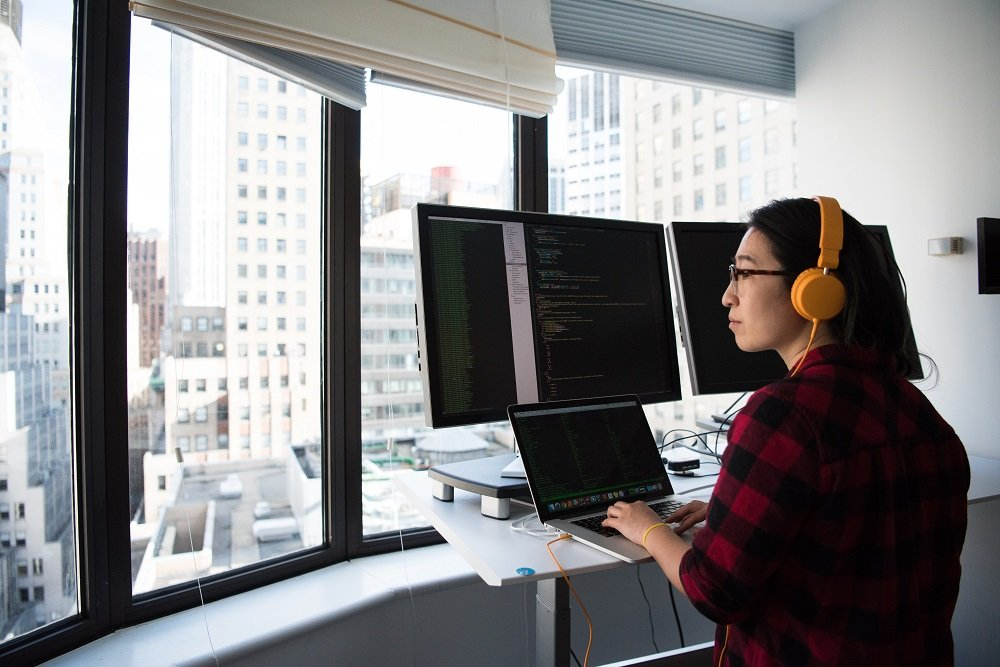 5 Reasons To Become A Software Developer Or Engineer Fdm Group Uk